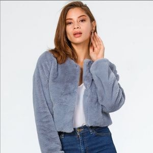 Gray Long-Sleeved Faux Fur Cropped Jacket